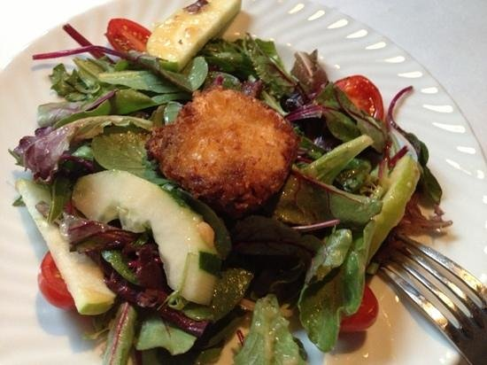 Chef Tony's: goat cheese salad