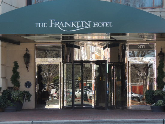 The Franklin Hotel: Beautiful revolving door entrance