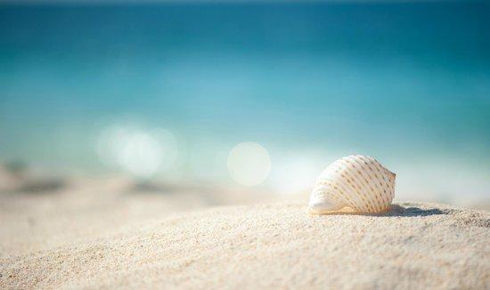 Yapak Beach (Puka Shell Beach): waves ushering onshore