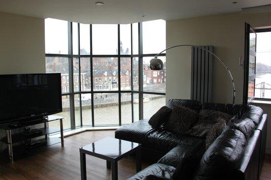 Reubens Court Apartment: 15 Merchant Exchange, Riverside Apartment - Lounge area & river view