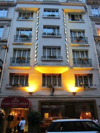 Hotel Etats-Unis Opera: Hotel's front