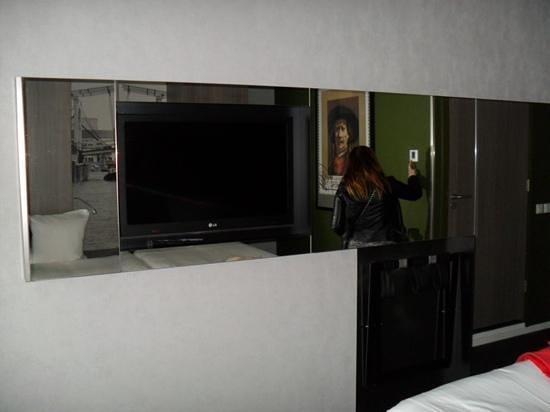 Ramada Apollo Amsterdam Centre: tele