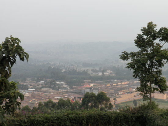 Bahumura Home: Great view of Kabale town