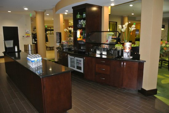 Fairfield Inn & Suites Elkin Jonesville: Breakfast area
