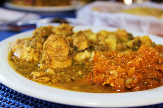 Syps Restaurant and Bar: Curried chicken, channa and pumpkin