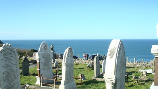 Llandudno, UK: Sea View from St Tudno's Church and cemetery