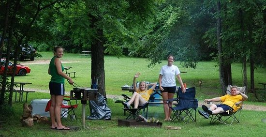 Blue Springs Ranch Campground & Canoe Rental: Campground