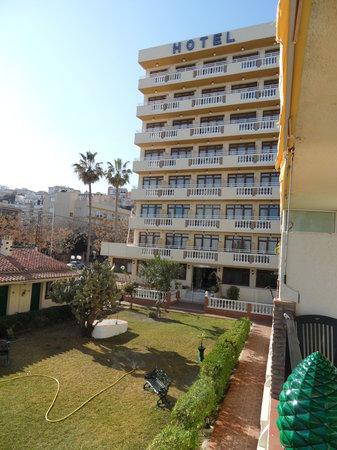 Apartahotel Smartline Los Jazmines Torremolinos: Uitzicht op het hotel