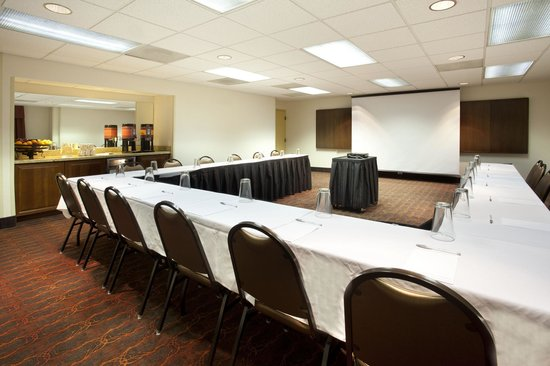 Hampton Inn El Paso-Airport: Meeting room and banquet facility