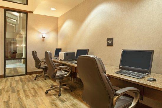 Hampton Inn El Paso-Airport: Business center