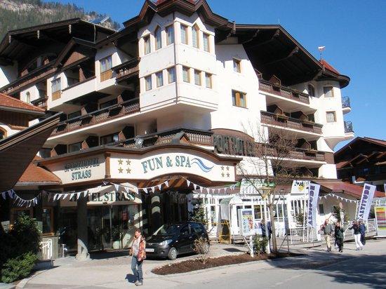 Sporthotel Strass: Hotel Strass, Mayrhofen.