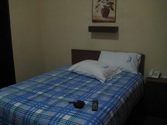 Hotel Sevilla: Habitación sencilla