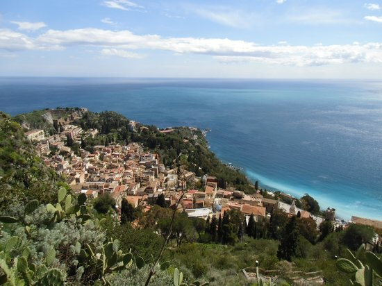 Hotel Villa Ducale: View on Taormina