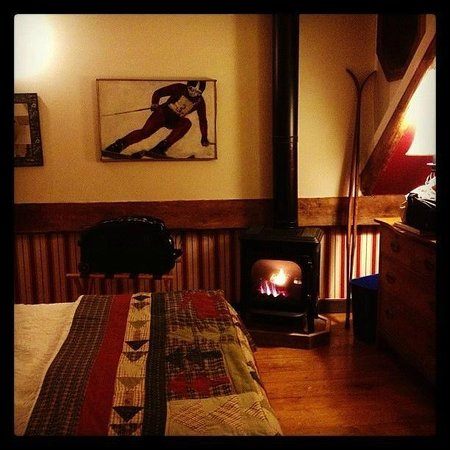 West Hill House B&B: The Mountain Room