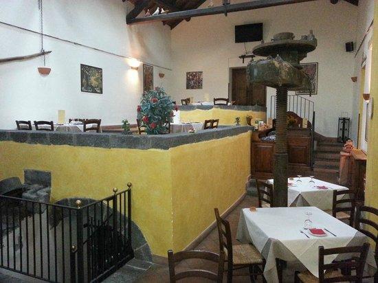 Hamlet of the Sun: Vista della sala ristorante