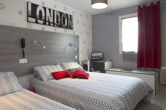 Hotel Mac Bed Photo