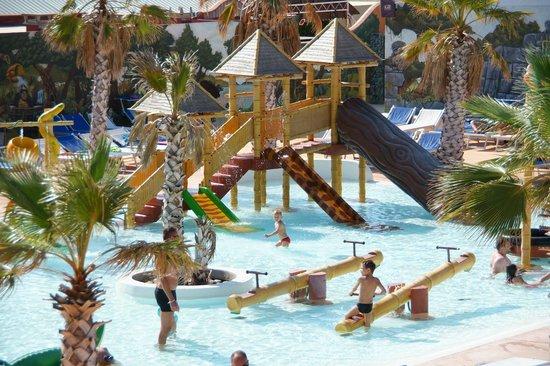 Camping Le Calypso : espace aqualudique enfants de 2 à 13 ans