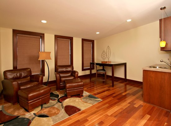 Hotel Sterling Updated 2018 Prices Reviews Monroe Mi Tripadvisor