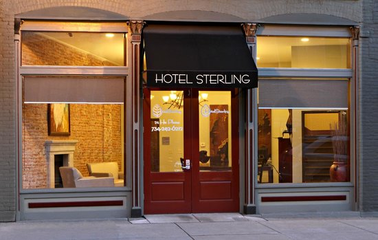 Hotel Sterling Rooms Monroe Mi