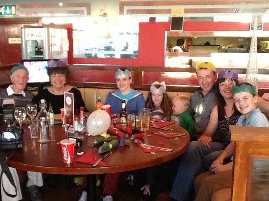 Ed's Bar and Grill: Family celebrations at Eds