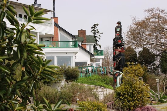 Sooke Harbour House Resort Hotel: Sooke Harbor House Gardens