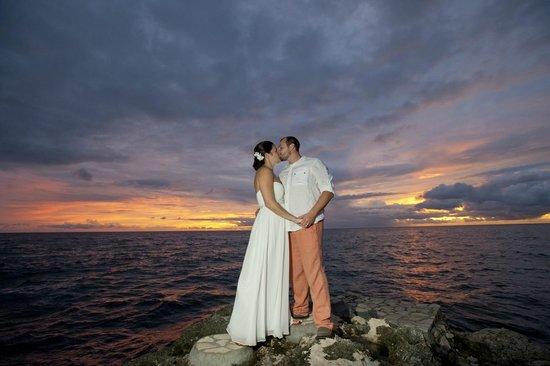Moon Dance Cliffs: Our wedding night sunset
