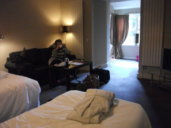 Six Brunton Place Guest House: Our room