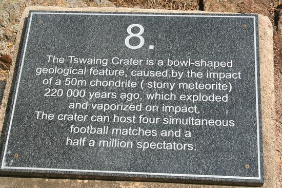 Tswaing Meteorite Crater Reserve: Information plaque on the route.