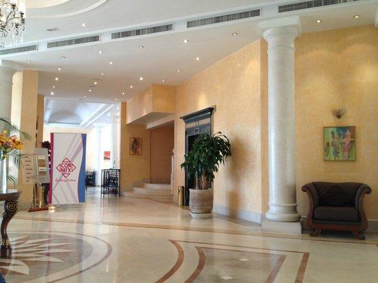 Hotel Les Berges Du Lac- Concorde: ingresso