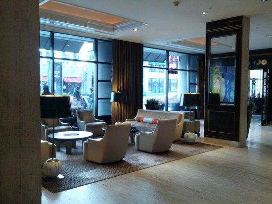 Colonnade Hotel: Lobby