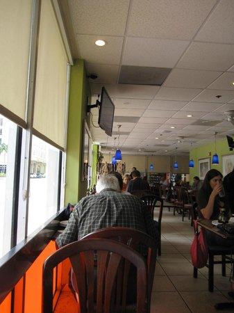 Lan Pan-Asian Cafe: Interior