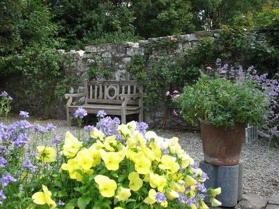Glenlohane: kitchen garden filled with flowers