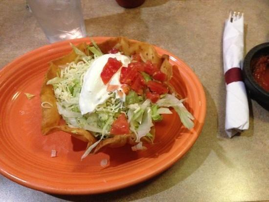 La Hacienda: taco salad