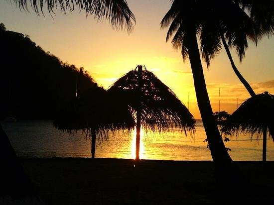 Typical sunset from the beach below Oasis Marigot