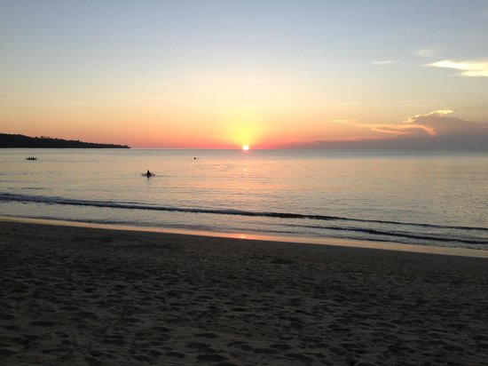 Belmond Jimbaran Puri: Perfect Bali sunset as seen from the Jimbaran Puri Bali beach