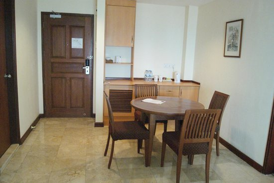 Holiday Inn Resort Batam: 2 Bedroom Suite (Living Room)