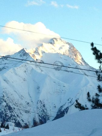 Chalet Hotel Berangere: view from room