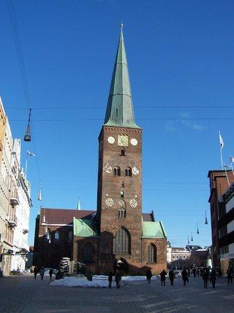 Aarhus Domkirke: Front