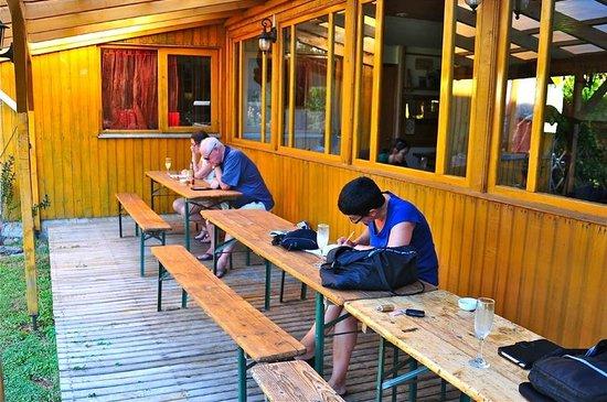 Hosteria Andenrose: a pisco sour before dinner