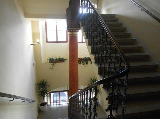 The Charles Hotel: escalier de l'hotel