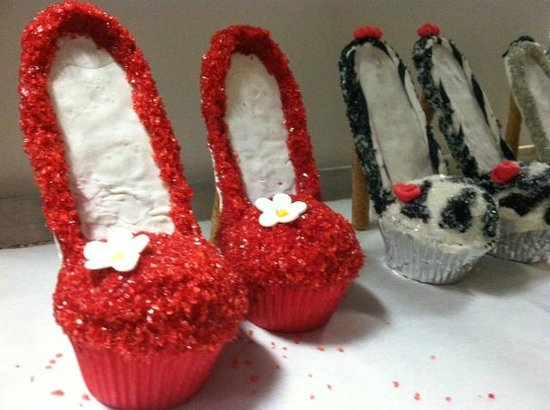 Desserts etc: Custom Cupcakes - Allow 72 hours for order!