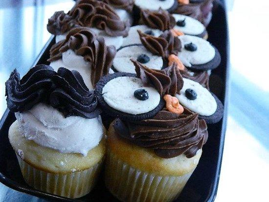 Desserts etc: Owl Cupcakes