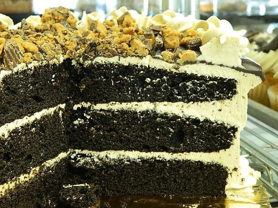 Desserts etc: Chocolate Cake with Peanut Butter Frosting
