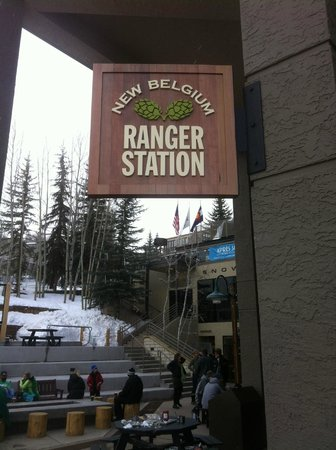 The Westin Snowmass Resort : New Belgium Ranger Station Pub in Hotel