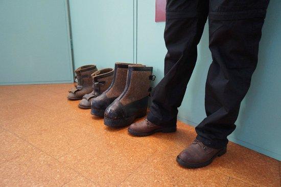 Nordkappmuseet: Big Boots at Honningsvag