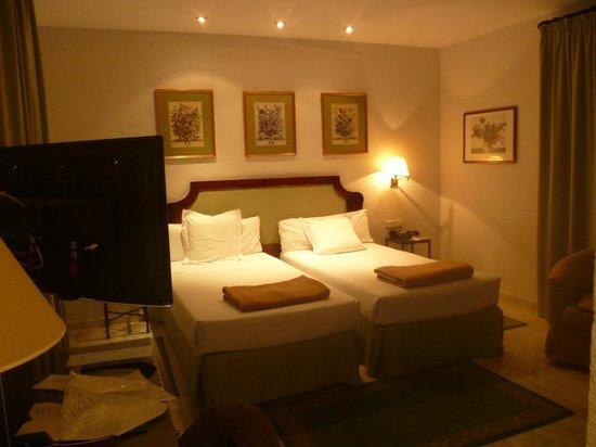 Hotel San Gil: Camas