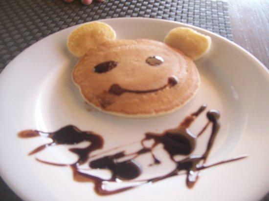Alta Vista de Boracay: mickey mouse shaped pancake for my daughter