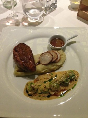 IKON Restaurant Debrecen: :)
