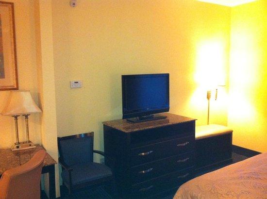 La Quinta Inn & Suites Mt. Laurel - Philadelphia : room