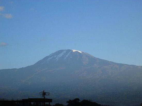Kindoroko Hotel : Kilimanjaro from 3rd floor room